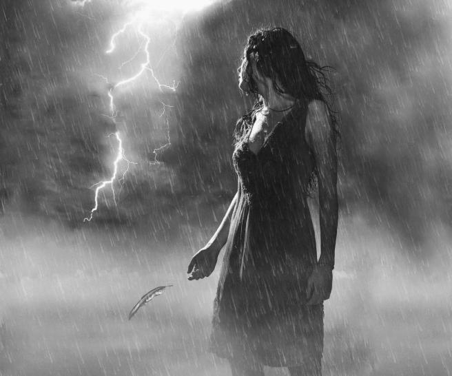 gray_lost_in_storm_sad_woman_rain_people_hd-wallpaper-1611547