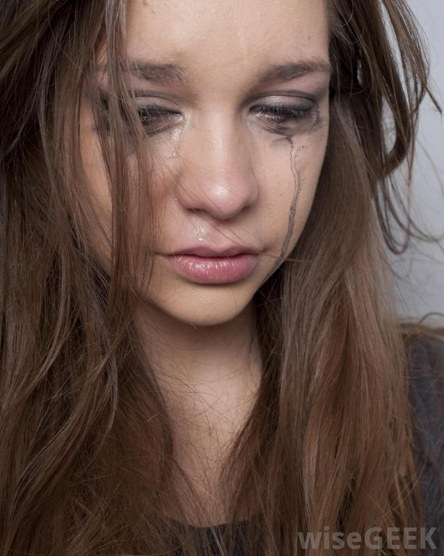 girl-with-long-hair-crying